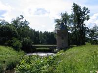 Павловск, Пиль-башня (арх. В. Бренна, 1793), Пиль-башенный мост (арх. А. Ворохин, 1807)
