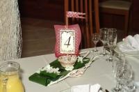 Оформление свадьбы цветами. Номер стола