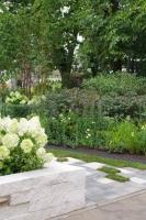 Большой сад «Играем дальше». Автор Евгения Руссу